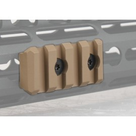 Rail panel BD 4 Slots tan